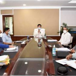 Hon'ble Minister Shri Sarbananda Sonowal held a review meeting of the ongoing projects & roadmap ahead for the maritime sector with all MoPSW officials