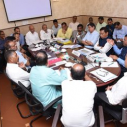 Had productive discussion on issues raised by Barge Owner Associations in presence of Sh @shripadynaik@goacm Sh @DrPramodPSawant, Sh @TendulkarBJP and with officials of @shipmin_india, Goa Pollution Control Board. Points raised by them will be addressed in a time bound manner.