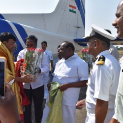 Thank you @kandasamymk, Puducherry Administration, officials of @IndiaCoastGuard and @shipmin_india for my warm welcome on my arrival at Puducherry.